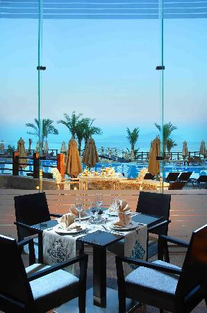Xperience Sea Breeze Resort: Elements Restaurant