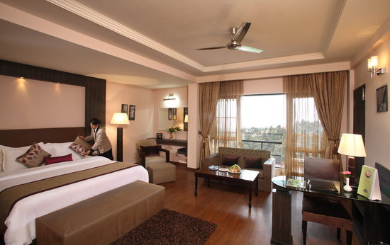 Country Inn & Suites by Carlson Mussoorie: Oasis Resorts