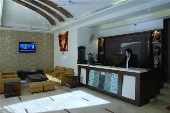 Hotel Sterling Inn
