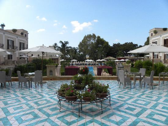 Giardino di Costanza Resort: bar patio