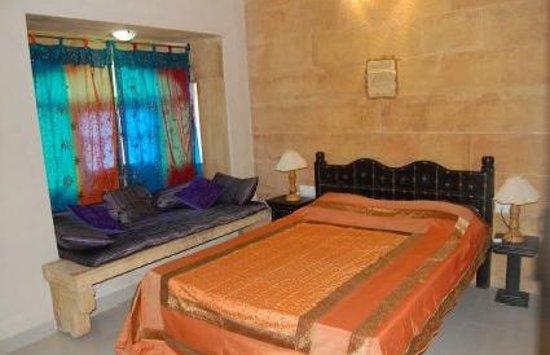 Hotel Golden Haveli: Krishna Haveli Hotel