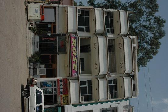 Kalka, Индия: Hotel Rose