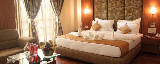Pristine Residency Hotel
