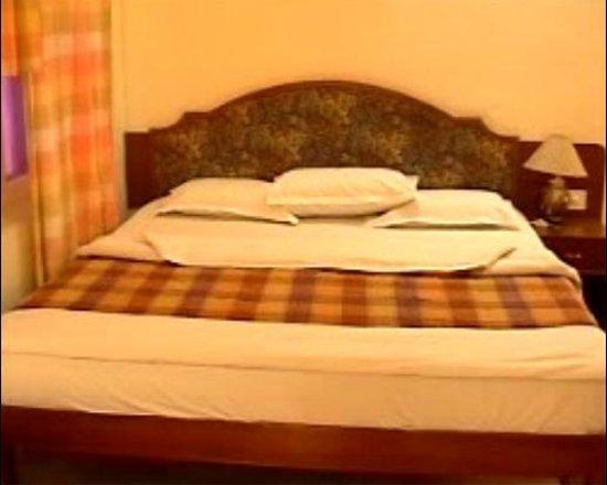 Puttaparthi, India: Sai Towers Hotel