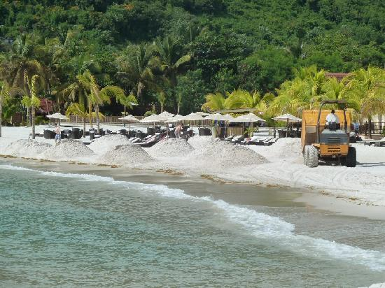 Buccament Bay Resort: Beach being 'delivered'!