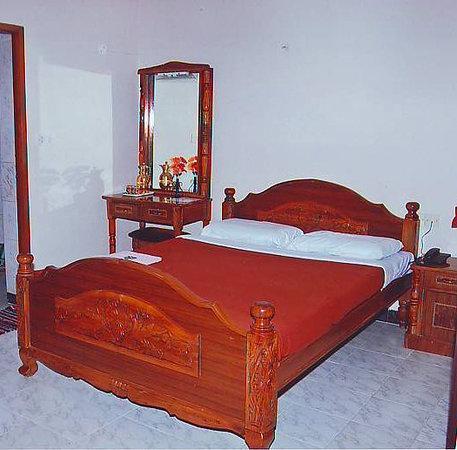 Malar Guest House