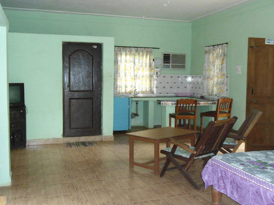 Albenjoh guest house from 8 goa calangute guesthouse reviews photos tripadvisor for Guest house in goa with swimming pool