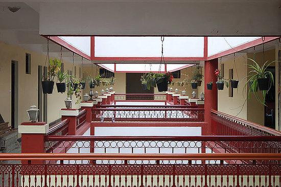 Glanton Manor