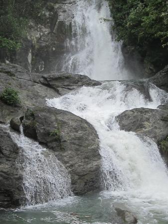 Virac, Filippinerne: maribina falls