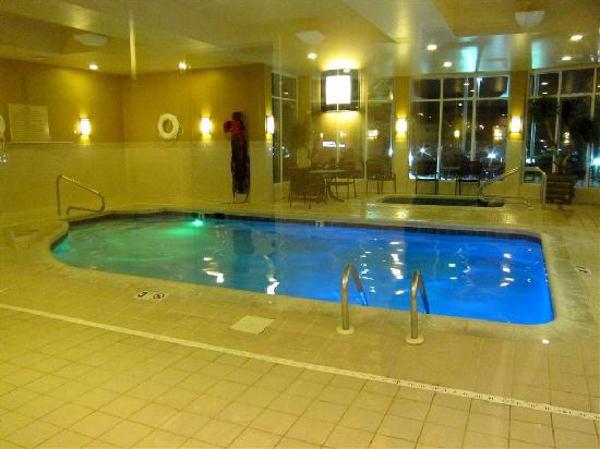 hilton garden inn cincinnati blue ash pool and whirlpool - Hilton Garden Inn Blue Ash