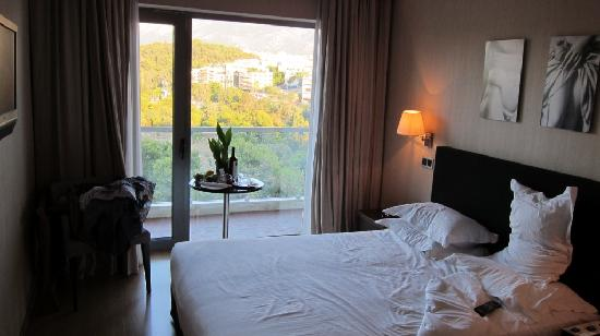 The Athens Gate Hotel: My room !