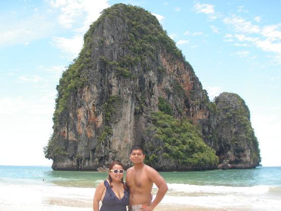 Phra Nang Cave Beach: Kim and Mo on the Beach