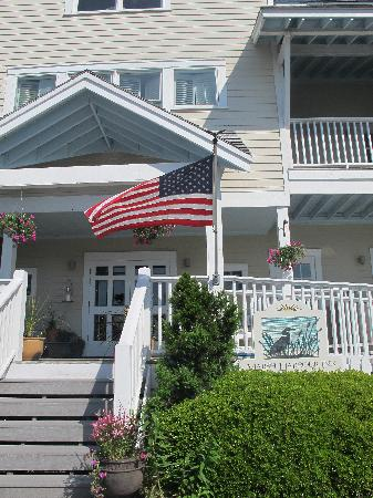 Marsh Harbour Inn: Beautiful Bald Head Island
