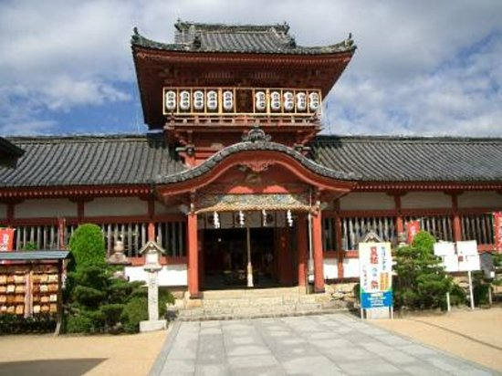伊佐爾波神社, 本殿