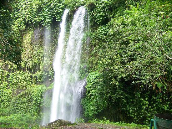 Λομπόκ, Ινδονησία: Tiu Kelep Waterfall, Lombok
