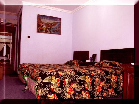 Bifa Hotel: room9
