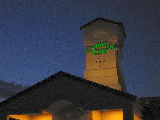 Granzella's Inn: Exterior at night