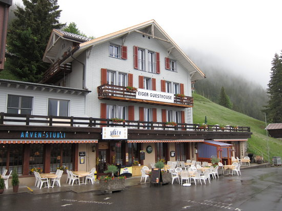 Eiger Guesthouse: Outside