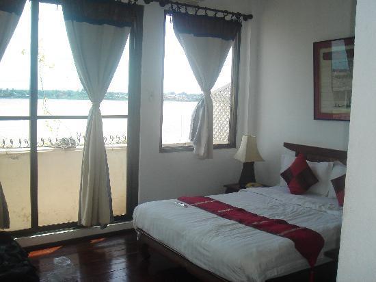 โรงแรมอินเตอร์ ซิตี้ บูติก: innercity hotel
