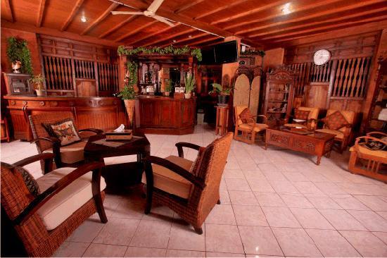 Bifa Hotel: lobby