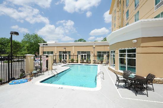 Hilton Garden Inn Atlanta Airport North: Outdoor Pool