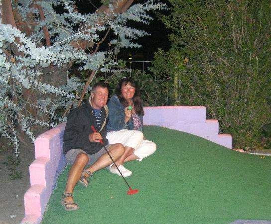 Pee Wee Golf & Arcade: Fun!