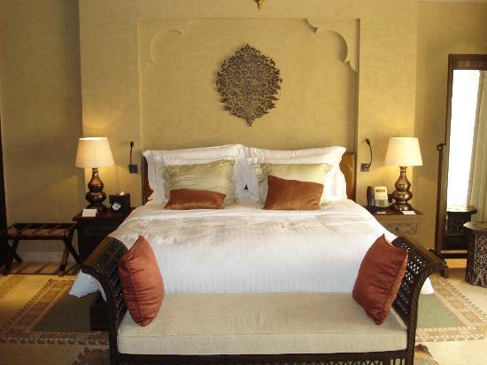 Qasr Al Sarab Desert Resort by Anantara : Chambre
