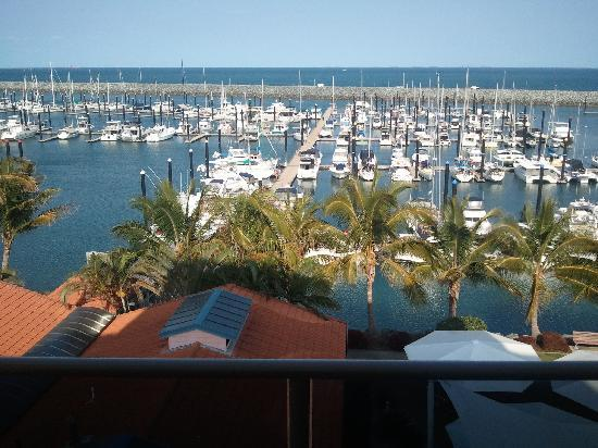 Clarion Hotel Mackay Marina: View from 4th floor of the Mackay Marina