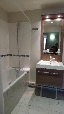 Residence Orion Paris Haussmann: bathroom