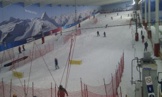 The Snow Centre: Main slope