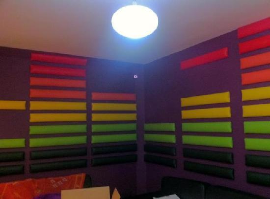 interior bar area picture of the basement shisha lounge