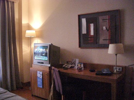 NH Ciudad de Almeria: Another view bedroom