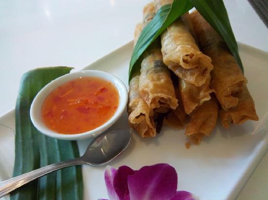 Thai At Silk - Taguig: Vegetable spring rolls