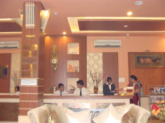 Hotel Palak Paradise: lobby