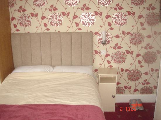 Doric Hotel: 1