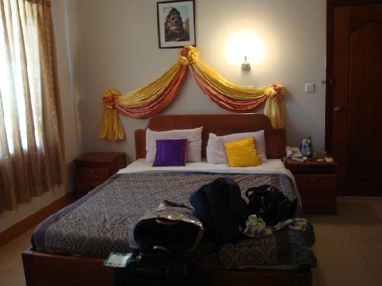 Golden Orange Hotel: The bed gave a good night's sleep