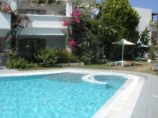 Nana Beach Hotel: Adults only relax pool