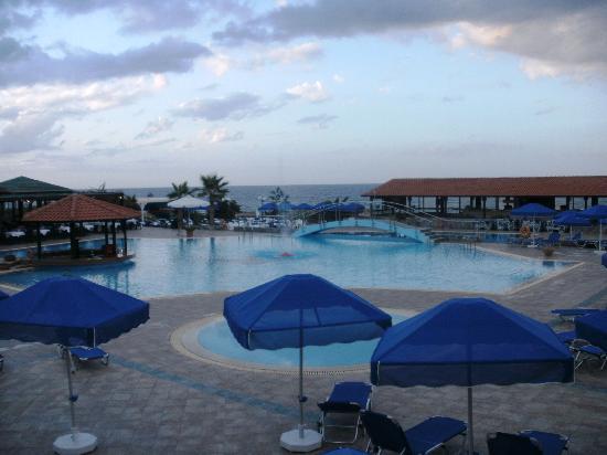 Nana Beach Hotel: Main pool at dusk