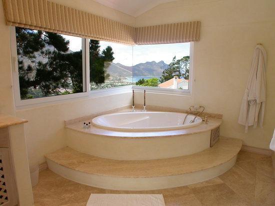 Villa Montebello: Rhodes Suite Bathroom 1