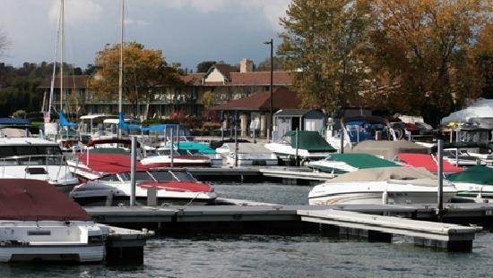 Finger Lakes, NY: Lakeside stays, lakeside dining, lakeside photo ops