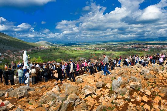 Medjugorje Tours & Travel Day Tour: Apparition Hill (Podbrdo), Medjugorje