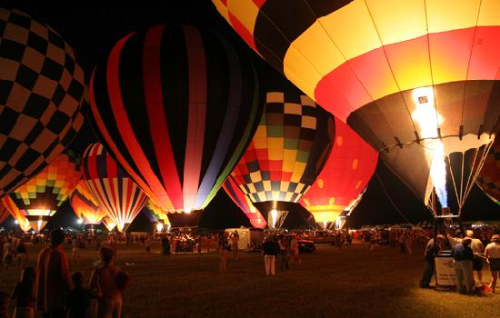 Λόνγκβιου, Τέξας: The Balloon Glow was first done in Longview, Texas
