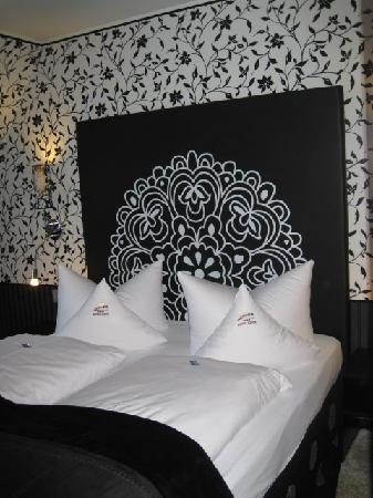 Hotel Sonne: our restful bed