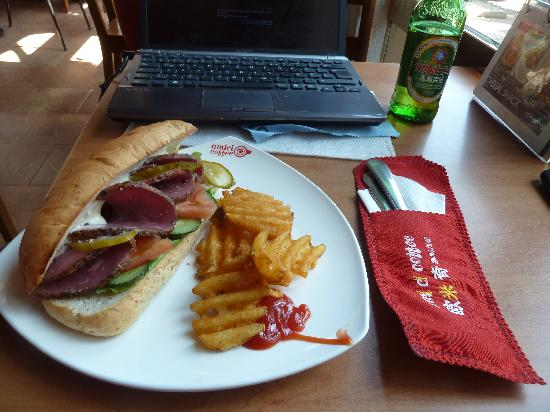 Amici Coffee : Sandwich