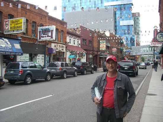 Detroit Urban Adventures: My guide Bob in Greek Town