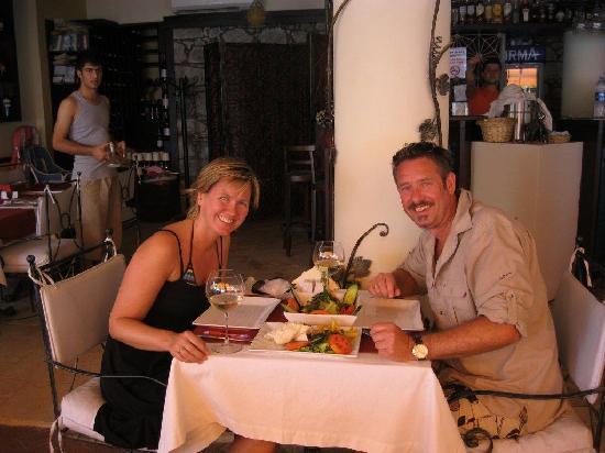 Magnaura fusion restaurant: Enjoy