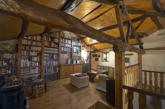 Ultreia Rural B&B: Biblioteca