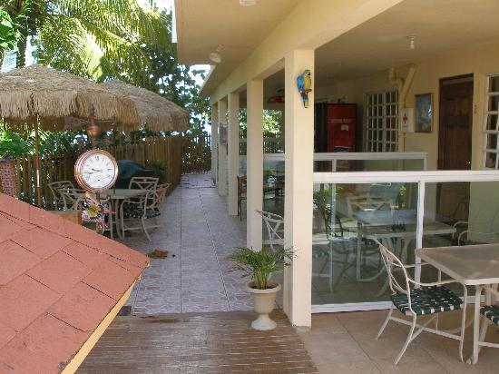 Kikita Beach Guest House Bar y Grill: Rooms