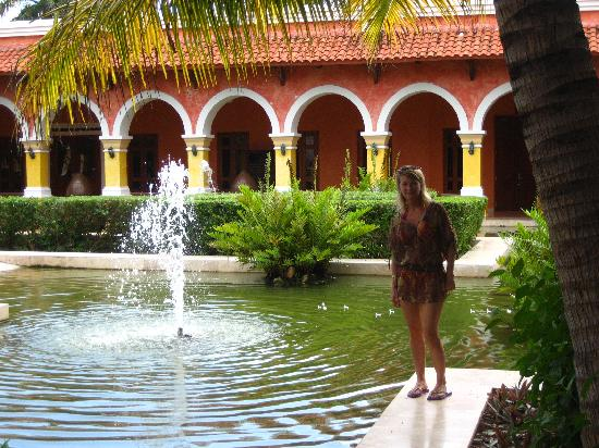 Iberostar Paraiso Del Mar: Beautiful grounds