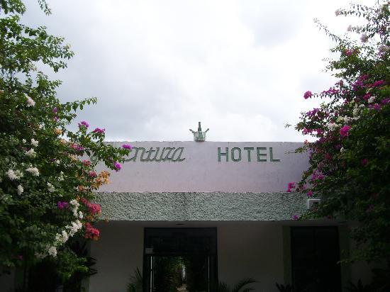 Aventura Hotel: Entrada